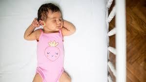 posizione corretta per dormire con mal di schiena