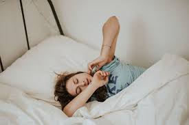 posizione corretta per dormire di lato